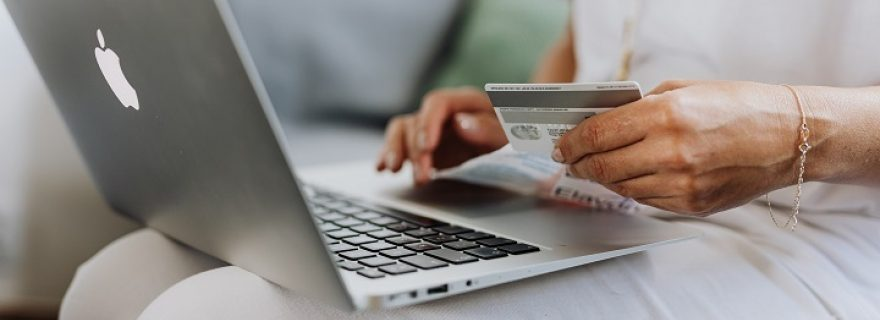 E-commerce and consumer data: Is regulation needed?