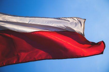 De Poolse rechtsstaat en het Europees aanhoudingsbevel: wie is/zijn er nu aan zet?