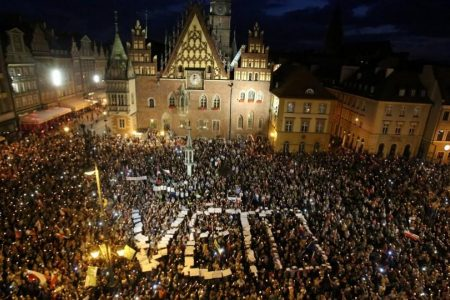 The EU, Poland and the rule of law: writing a new chapter