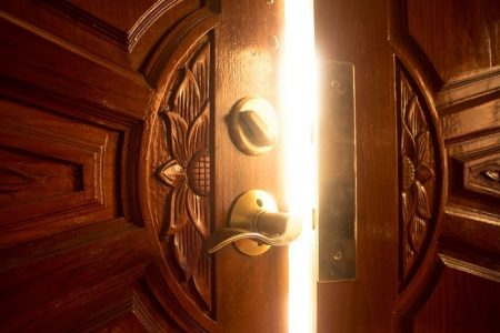 Knock, knock. Who's there? The Data Protection Directive 95/46