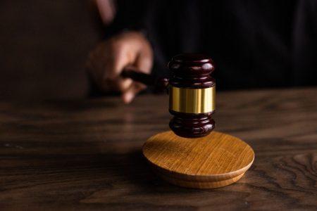 Beïnvloedt de motiveringsstijl de maatschappelijke acceptatie van rechtspraak?